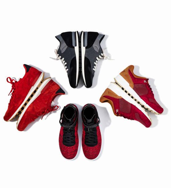 Sneakers, isoliert auf weißem Hintergrund – Foto
