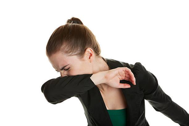 starnuti donna - tossire foto e immagini stock