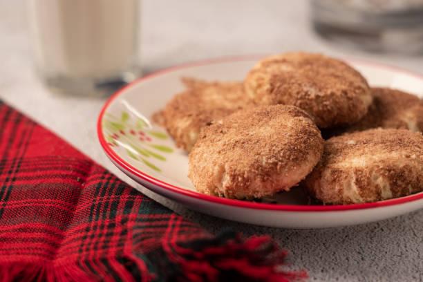 snicker doodle cookies für urlaub - low carb kekse stock-fotos und bilder