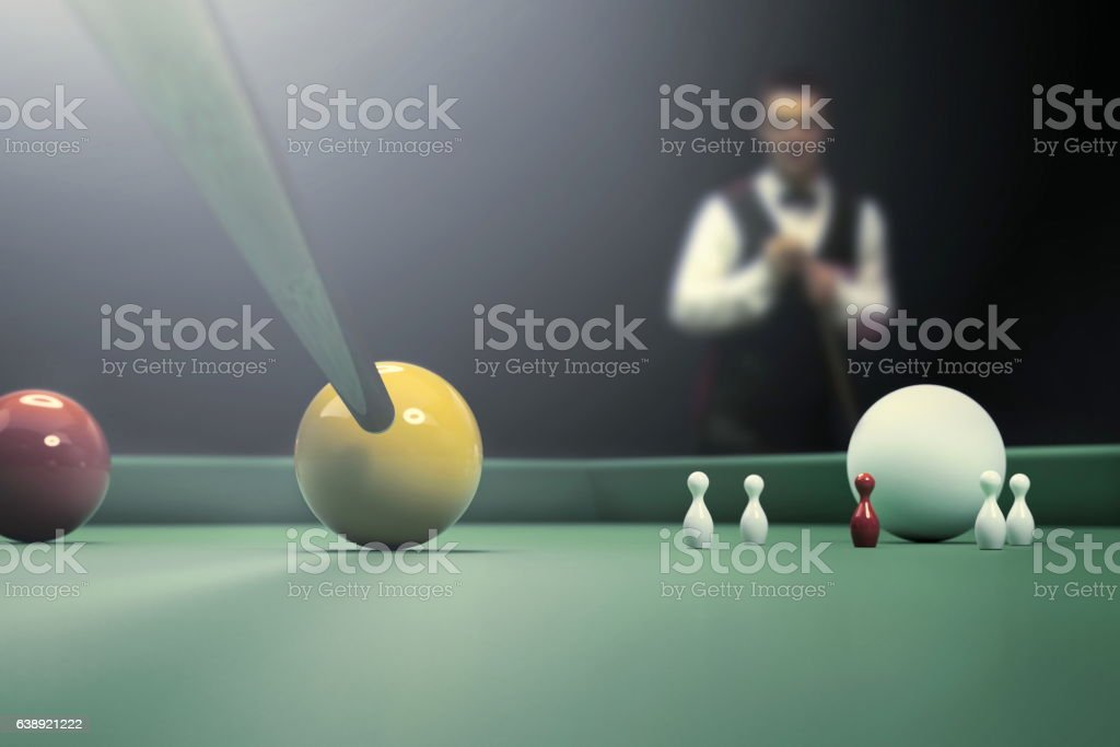 snooker player on billiard table - foto de acervo