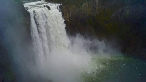 snoqualmie falls natural mystic - snoqualmie foto e immagini stock