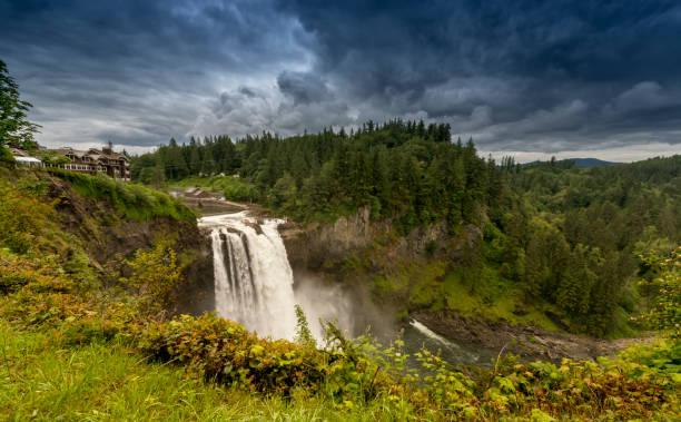 snoqualmie falls, washington, usa - snoqualmie foto e immagini stock