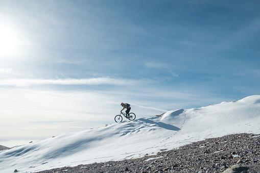 snow cyclist is training