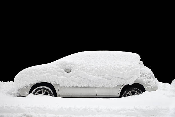 雪で覆われた車 - 雪景色 ストックフォトと画像
