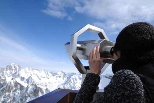629376126 istock photo Snow Mountain Tourism - XLarge 183335890