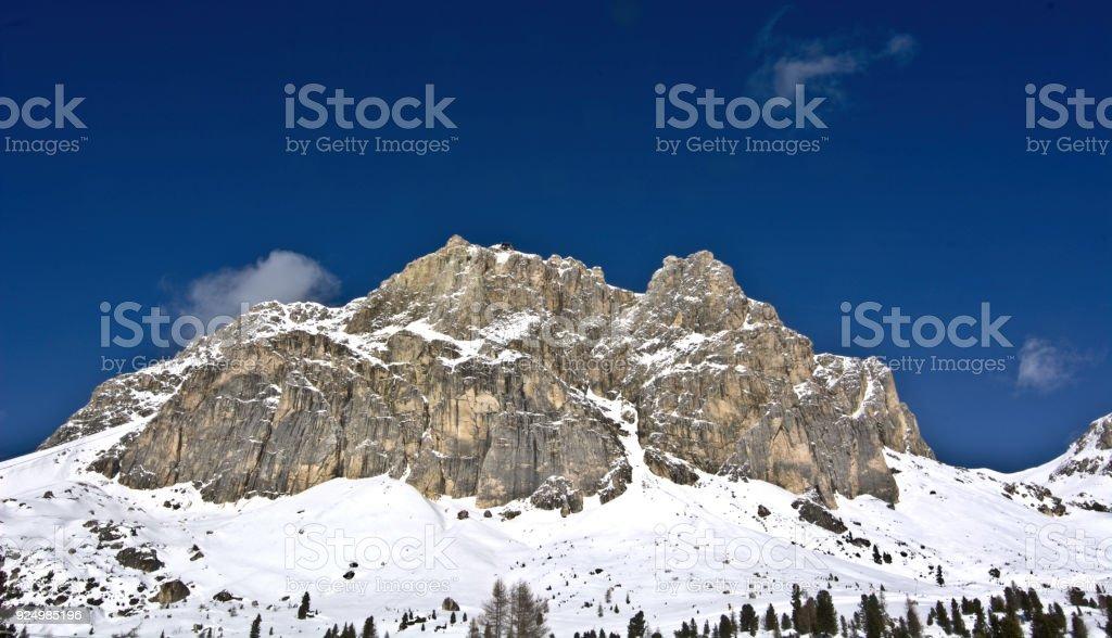 Schnee in den Dolomiten – Foto