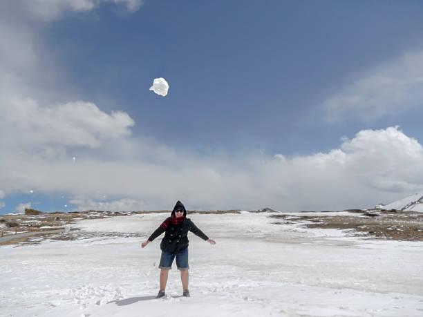 snow play - independence day stok fotoğraflar ve resimler