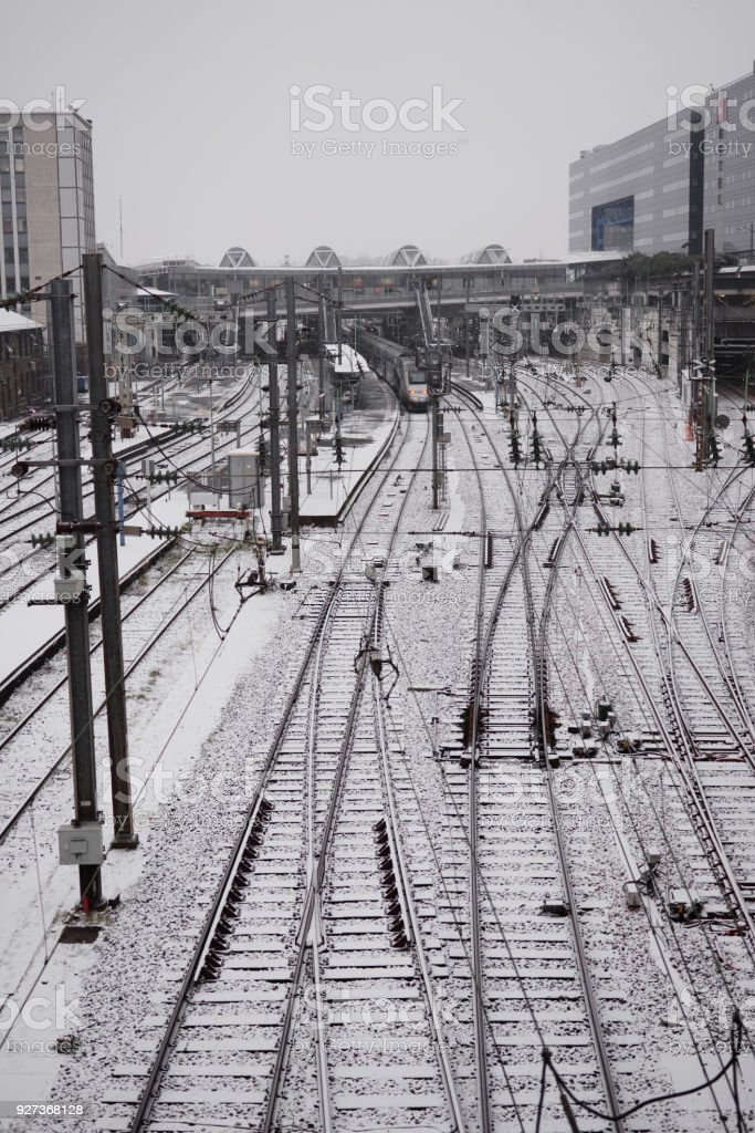 Neige gare neige gare trains rail Chimney Stock Photo