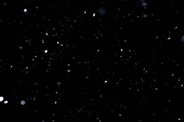 textura de nieve en fondo negro para recubrimiento - nieve fotografías e imágenes de stock