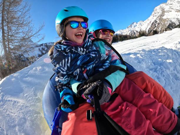 schneeschläuche - patrick hutter stock-fotos und bilder