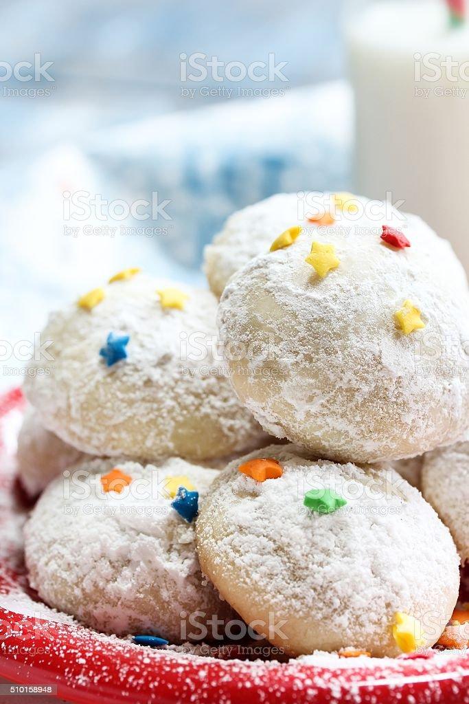 Schneeballcookie Für Weihnachten Stock-Fotografie und mehr Bilder ...