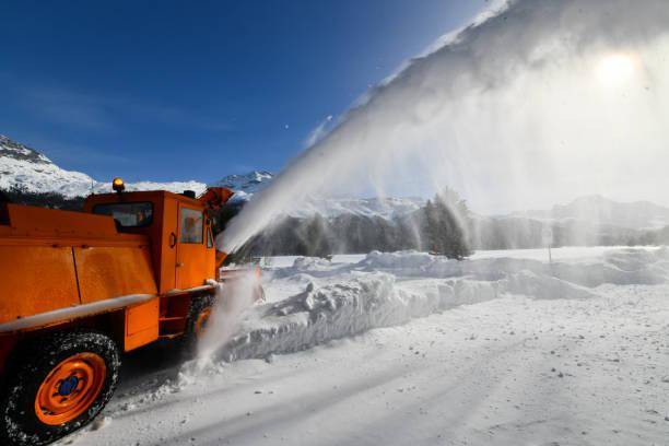 schneefall - patrick hutter stock-fotos und bilder