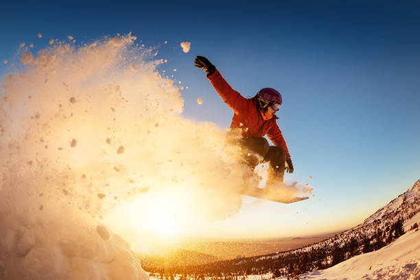 Snowboarder jumps sunset with snow dust picture id1029283208?b=1&k=6&m=1029283208&s=612x612&w=0&h=oxt8c   khzayk2qadmifot6neawz5kejh5dlvuztja=