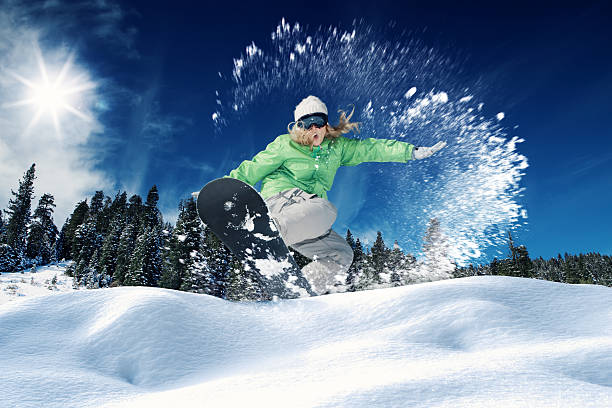 Snowboarding picture id511485366?b=1&k=6&m=511485366&s=612x612&w=0&h=qgvvlnqjzcuwvw1afqywhuijecpyxmgojk95axx9uzk=