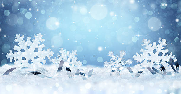 snowflakes and ribbon on snow - christmas card - flocon de neige neige photos et images de collection