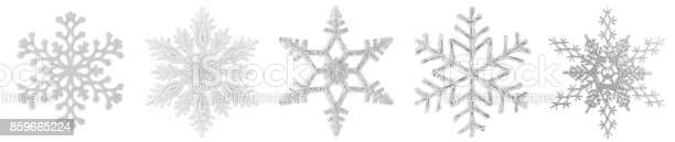 Snowflakes isolated on white picture id859665224?b=1&k=6&m=859665224&s=612x612&h=tpbzh1lmahhk9f0fr2glgypaecqhfhbpg2np8hjht40=