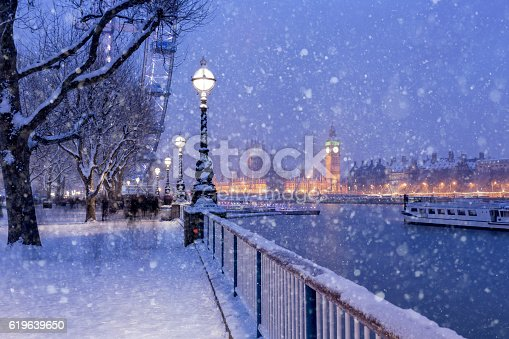View of Jubilee Gardens and Westminster Palace during the winter holidays in London.