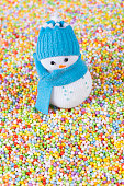 istock Snowman and multicolor baubles 636618164