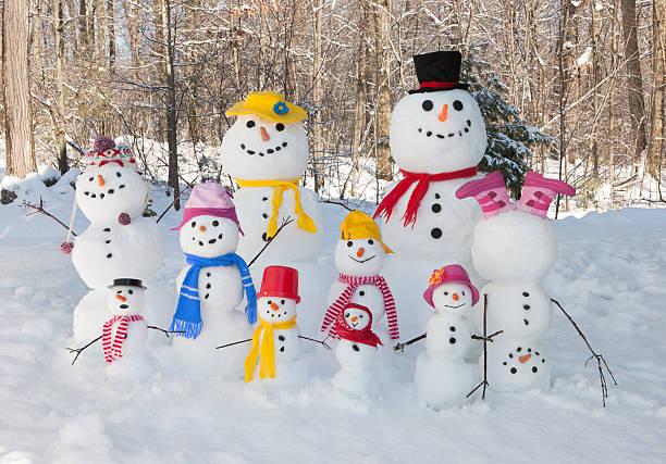 schneemann familie - weihnachtsessen ideen stock-fotos und bilder