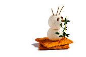 istock Snowman-shaped cheese balls 501942224