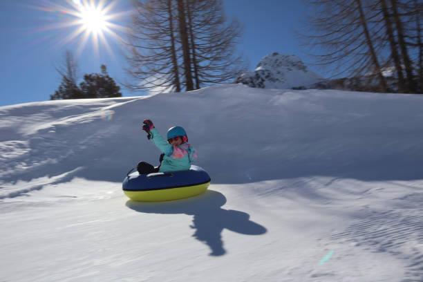 snowtubing - patrick hutter stock-fotos und bilder