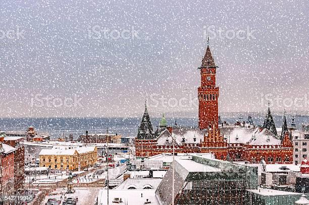 Snowy Helsingborg Skyline Stockfoto und mehr Bilder von Architektur