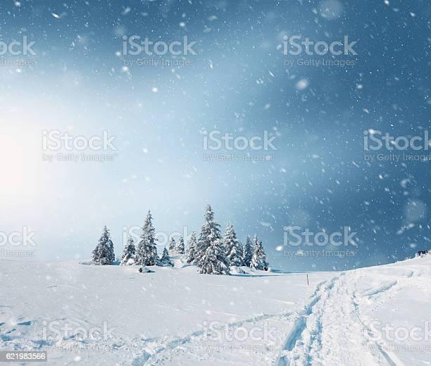 Snowy landscape picture id621983566?b=1&k=6&m=621983566&s=612x612&h=eloftk3p0hahd0 aesgqpprmvwx9ncvi2ql1cwtc0 i=