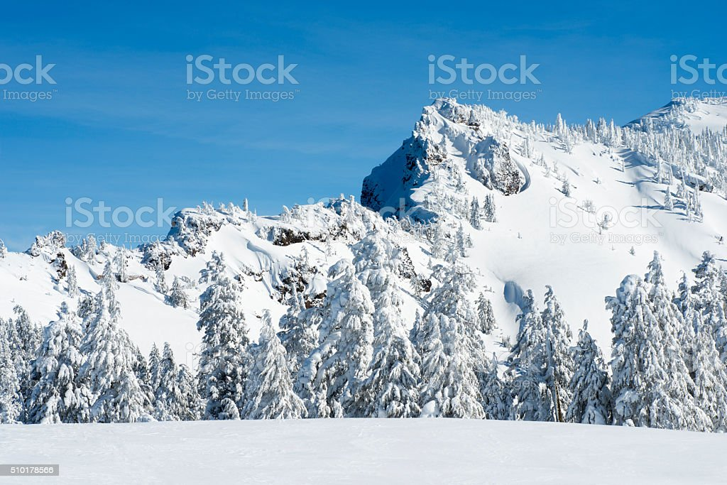 Snowy Mountain on a sunny day - Royalty-free Cold Temperature Stock Photo