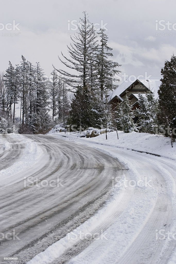 Snowy Mountain Road Lizenzfreies stock-foto