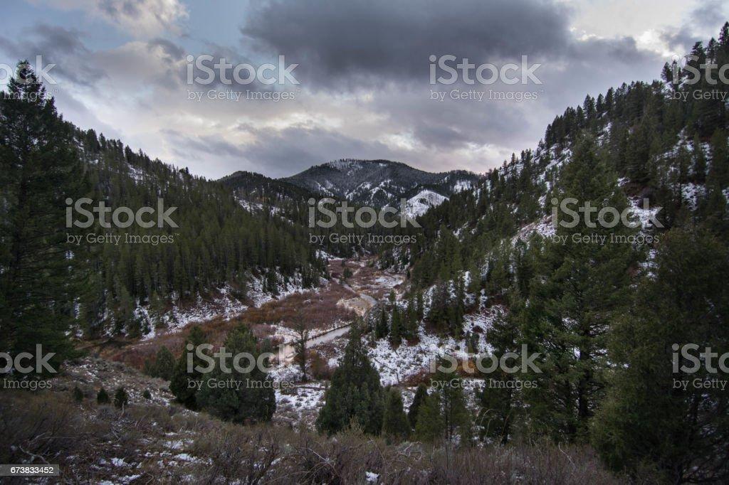 Snowy valley photo libre de droits