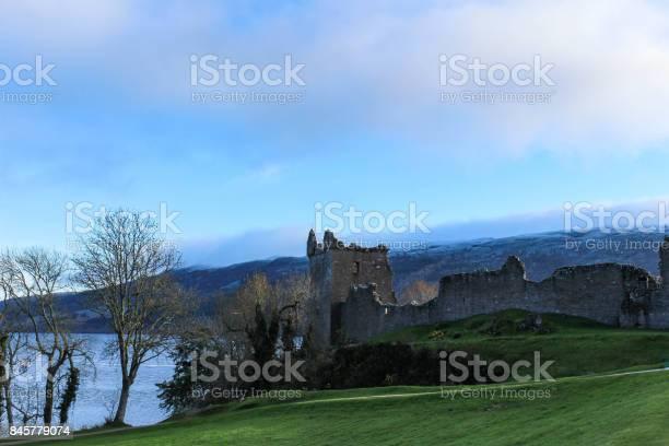 Snowy view of urquhart castle ruins picture id845779074?b=1&k=6&m=845779074&s=612x612&h=p46fump3lsrcbwkajqcqpfl2h0p4 l7mssihuozk1ic=