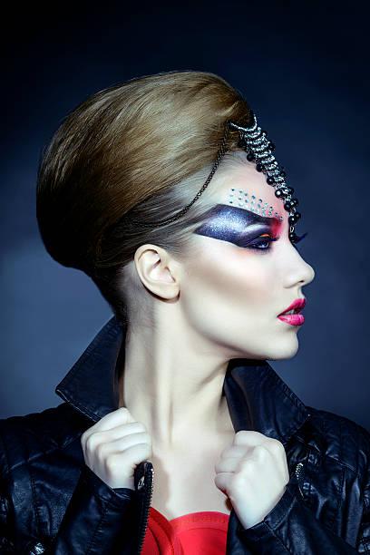 so gotischen und modisch - teufel schminken stock-fotos und bilder