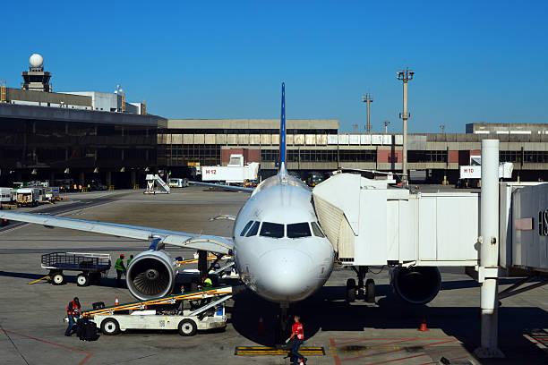operações do aeroporto de guarulhos, são paulo - aeroporto de congonhas - fotografias e filmes do acervo