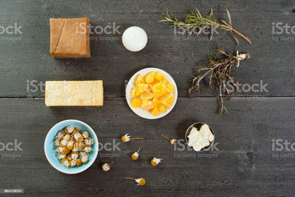 Soap, bees wax, shea butter - Zbiór zdjęć royalty-free (Bez ludzi)