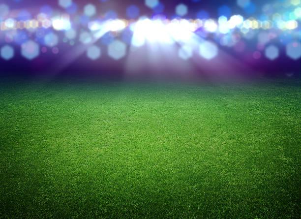 soccer field und die hellen Lichter – Foto