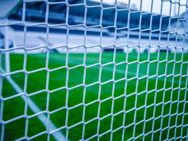 voetbal goal net close-up - gaas stockfoto's en -beelden