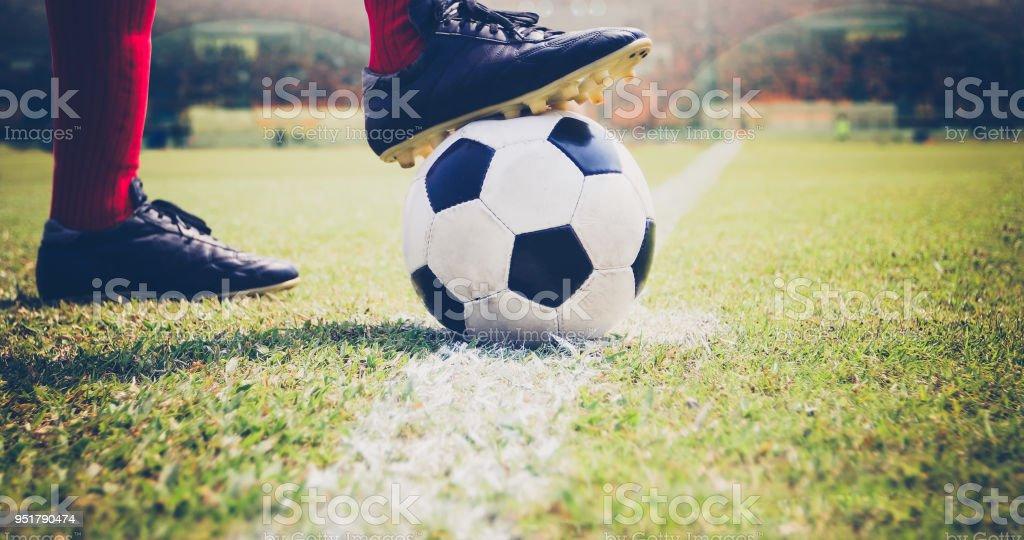 サッカー ボール キック