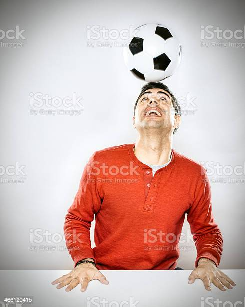 Soccer player doing headers picture id466120415?b=1&k=6&m=466120415&s=612x612&h=0  safrs ocz6gyzf71f6oijatd9umlqsoptyrj2fve=