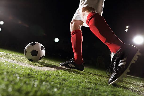 Fußball-Spieler einen Eckstoß – Foto