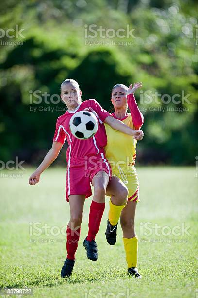Soccer players picture id183798722?b=1&k=6&m=183798722&s=612x612&h=mxek3wiqnafizgxb2zq6irdym 8cbxptvjr4lnae1ey=