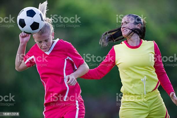 Soccer players picture id183812018?b=1&k=6&m=183812018&s=612x612&h=w2ncsrjlndamnjare7ns7hsagphshyugf7liqvbqmqk=