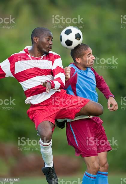 Soccer players picture id184141842?b=1&k=6&m=184141842&s=612x612&h=86o 1lbxhmcdm24yt3mlsrncqbp2yrnbgkgt5btum0m=