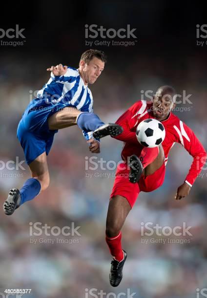 Soccer players picture id480585377?b=1&k=6&m=480585377&s=612x612&h=rxi9ca2hynchtreop6wlgxtt2jftupygxdszuuwm cc=