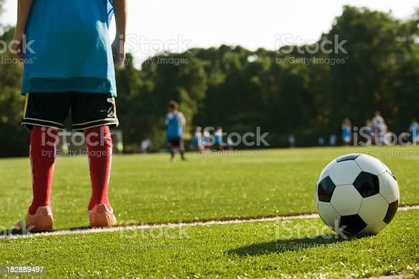 Fußball Der Praxis Stockfoto und mehr Bilder von Kind