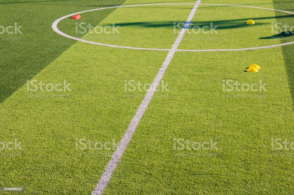 Fussballtraining Ausrustung Auf Kunstrasen Soccer Academy Stockfoto Und Mehr Bilder Von Aktivitaten Und Sport