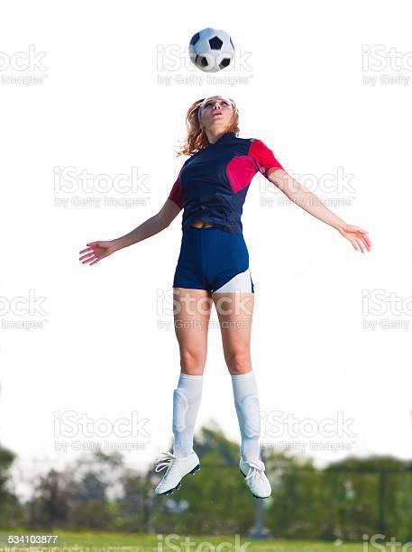 Soccer women heading the ball picture id534103877?b=1&k=6&m=534103877&s=612x612&h=puiir11kwukubviktnc1krmc  wtxprdfzkr432q0zk=