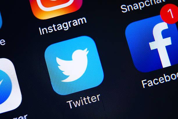 icone applicazioni di social media - messaggistica online foto e immagini stock