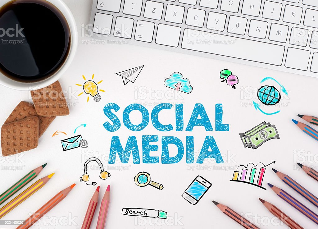 Social Media, Business concept. White office desk – Foto