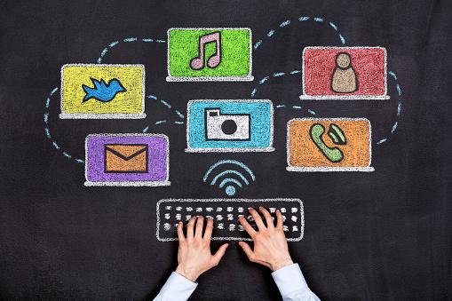 Social Media Malkreidezeichnung Stockfoto und mehr Bilder von Brainstorming