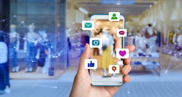 concetto di social media. - mercato luogo per il commercio foto e immagini stock